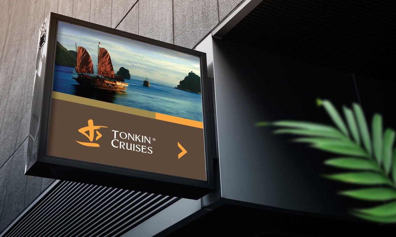 thiết kế biển hiệu Tonkin Cruises 2