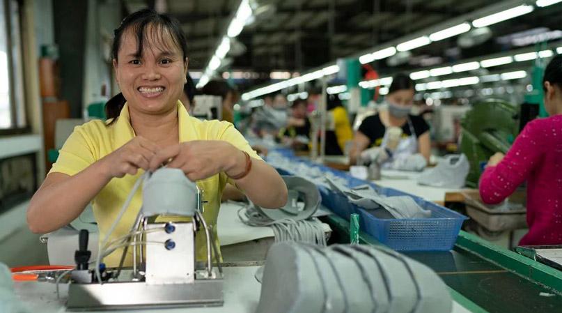 Nhà máy sản xuất gia công sản phẩm của Everlane